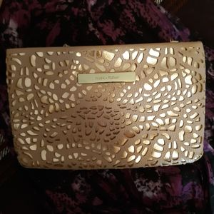 ❤IVANKA TRUMP CLUTCH in Lovely Condition Tan/Pink